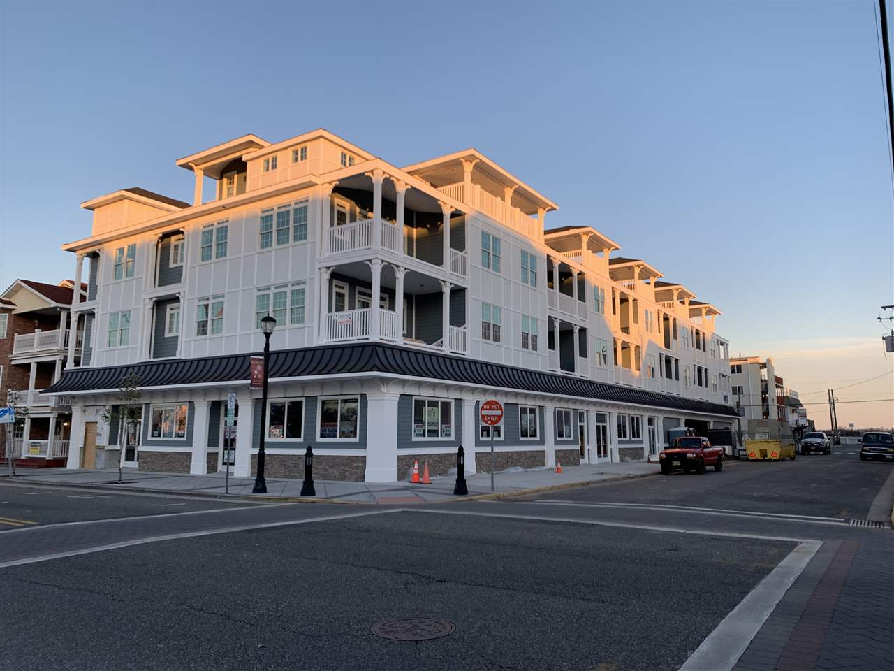 33 42nd Street Unit 305, Sea Isle City