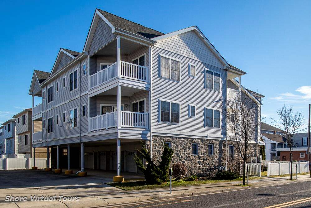 201, unit 202 Roberts, Wildwood