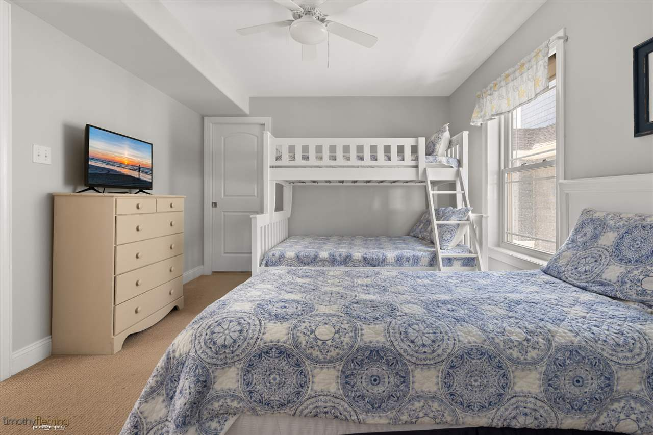 16 62nd Street - Picture 13