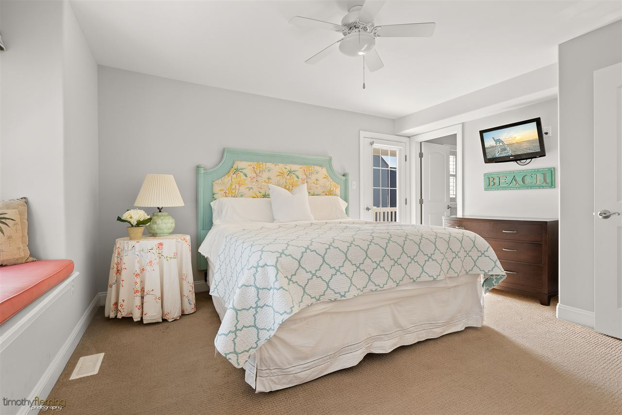 16 62nd Street - Picture 16