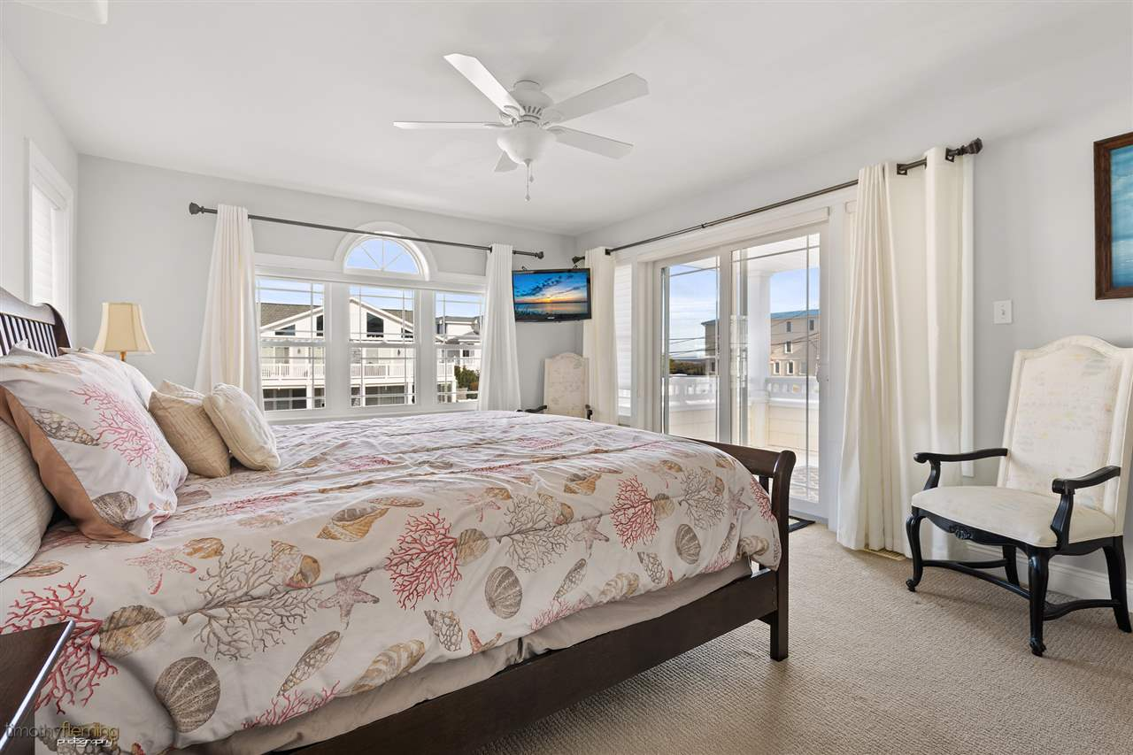 16 62nd Street - Picture 10
