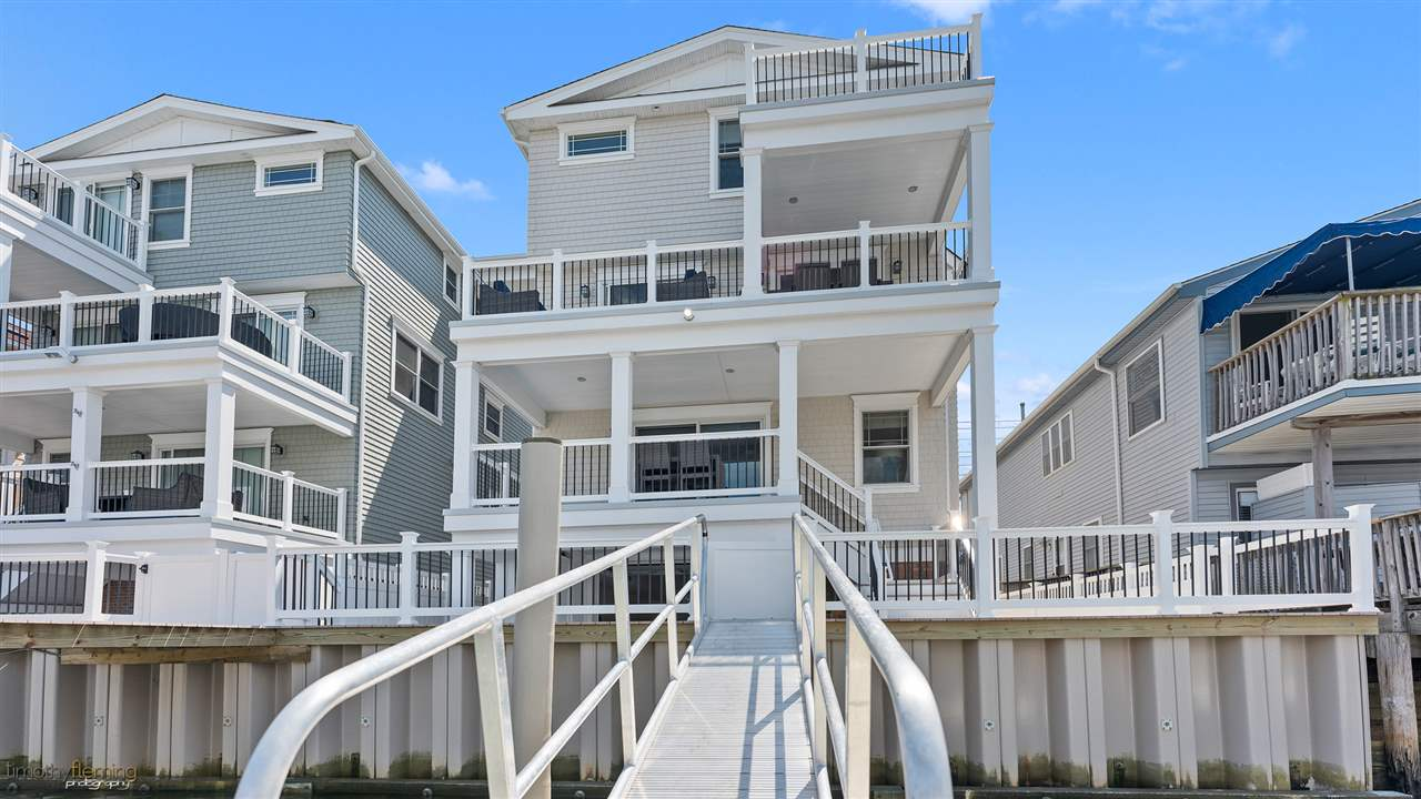 355, West Side 44th, Sea Isle City