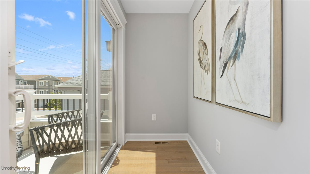 355 44th Street - Picture 12