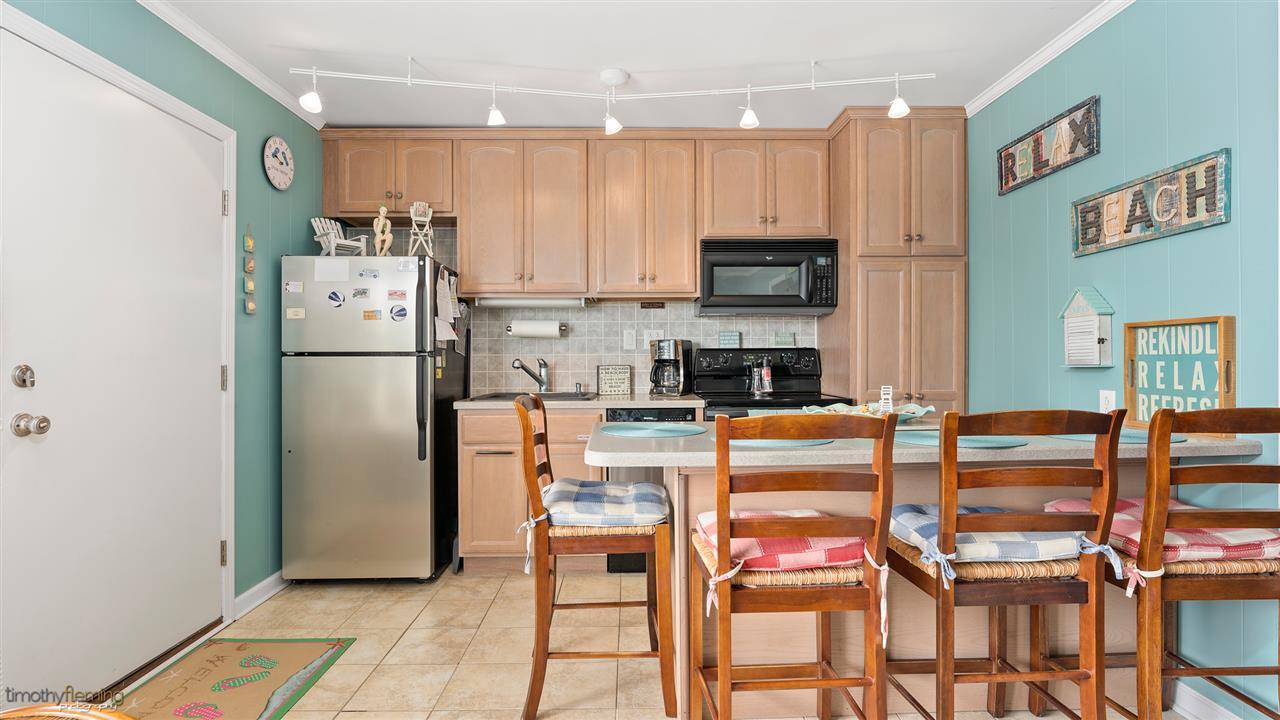 9816 Second Avenue, Unit Numbers 12, Stone Harbor NJ - Picture 6