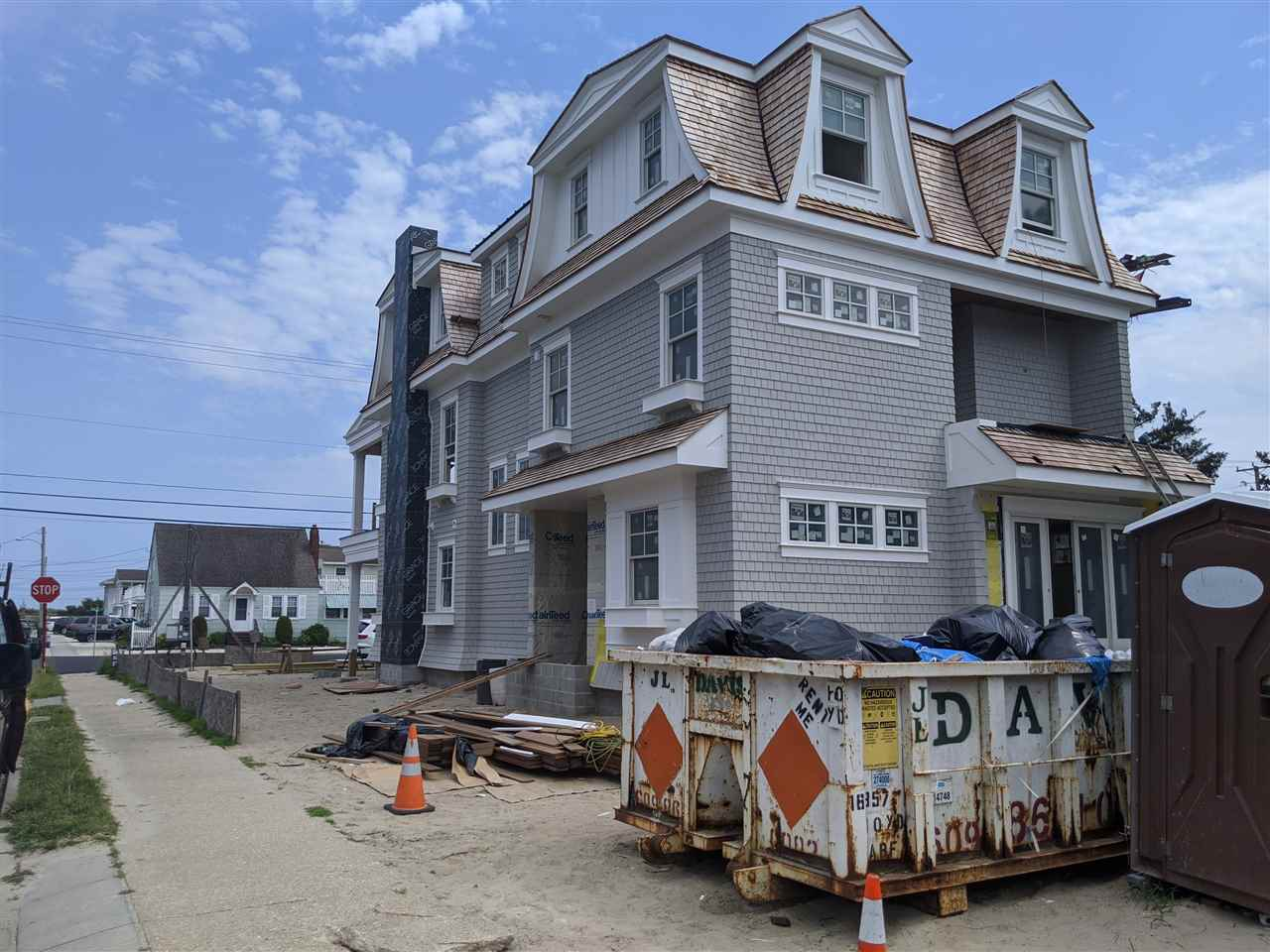 10 W 27th Street, Avalon NJ - Picture 4