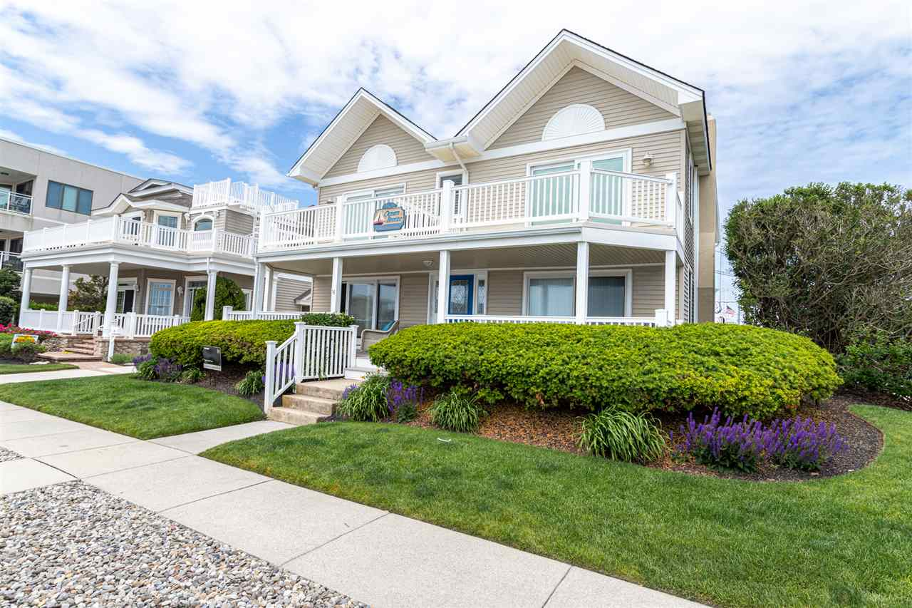 9501 First Avenue - Stone Harbor