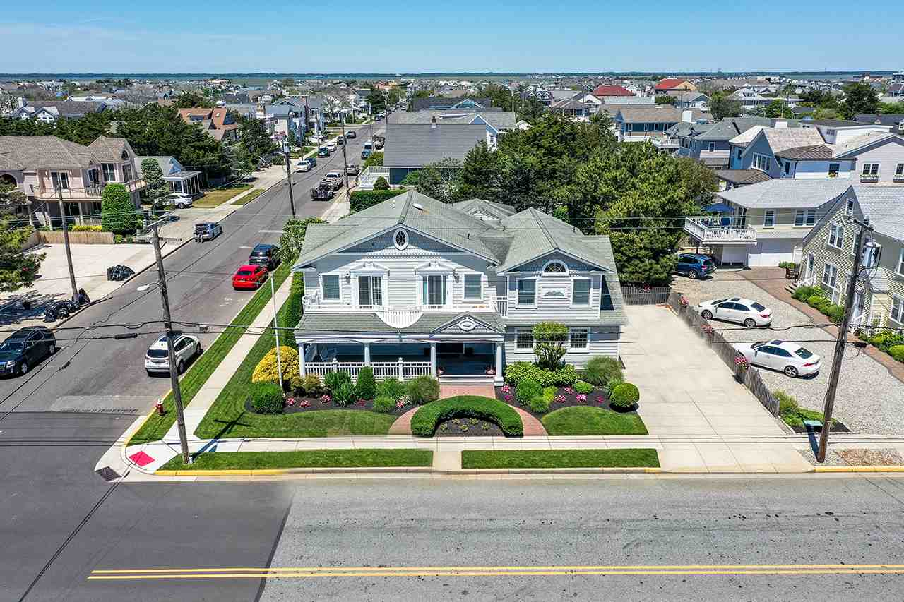 10015 First Avenue - Stone Harbor