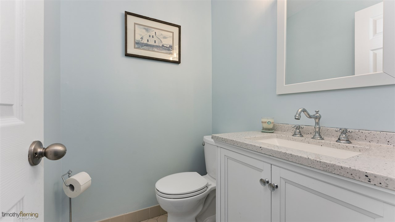 221 87th Street - Picture 12