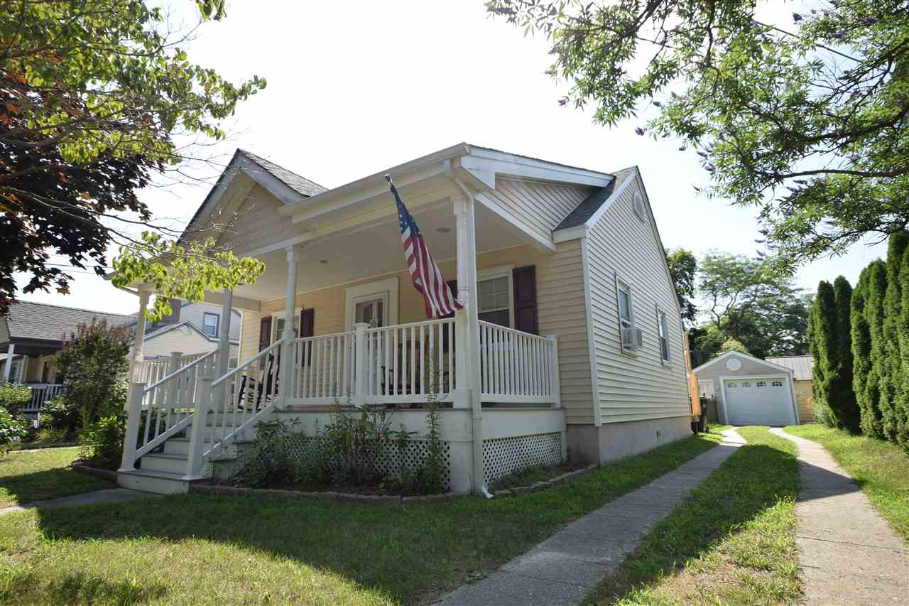 1302 Idaho Avenue - Picture 2