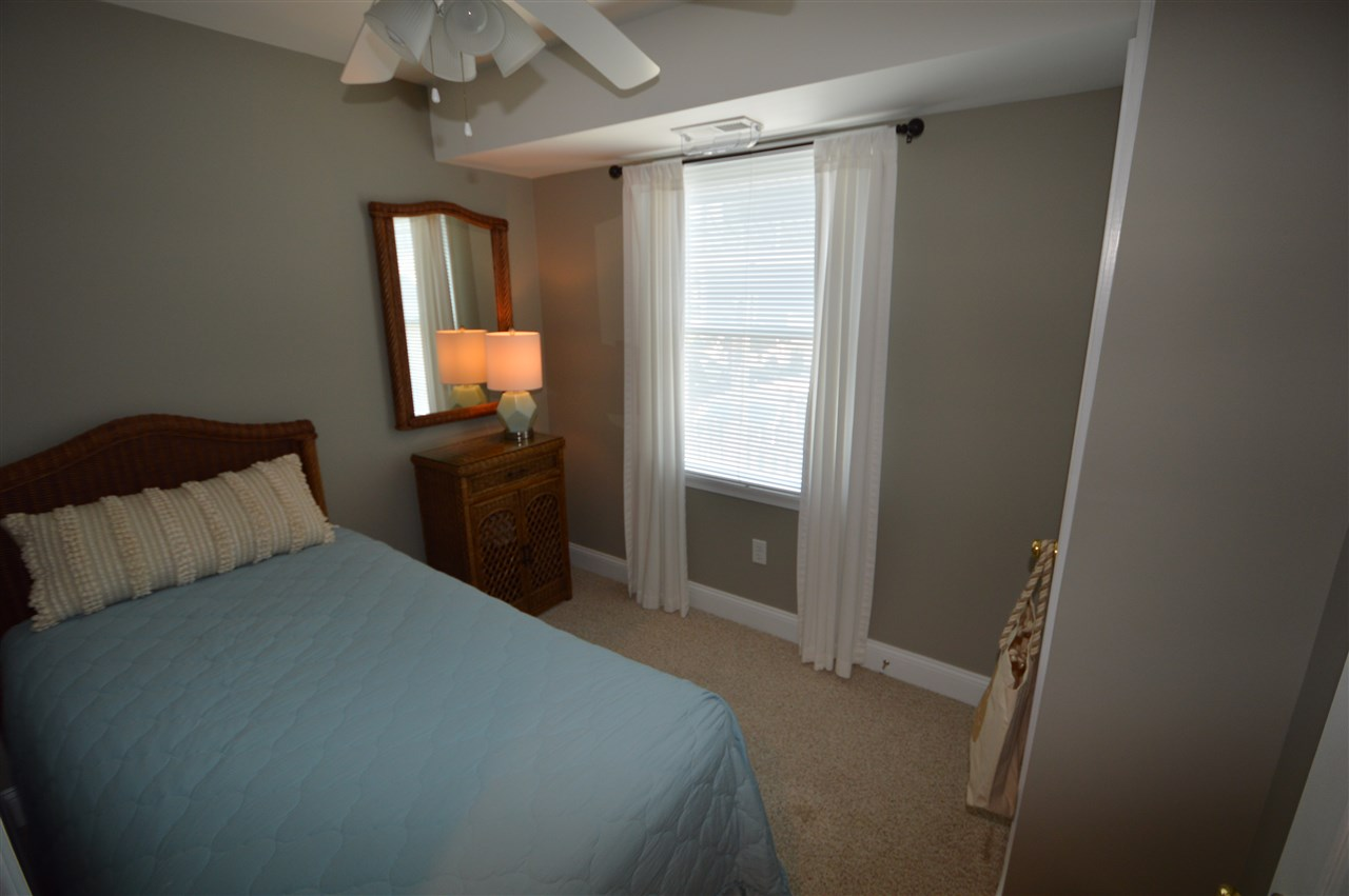 212 E 25th Street, Avalon NJ - Picture 3