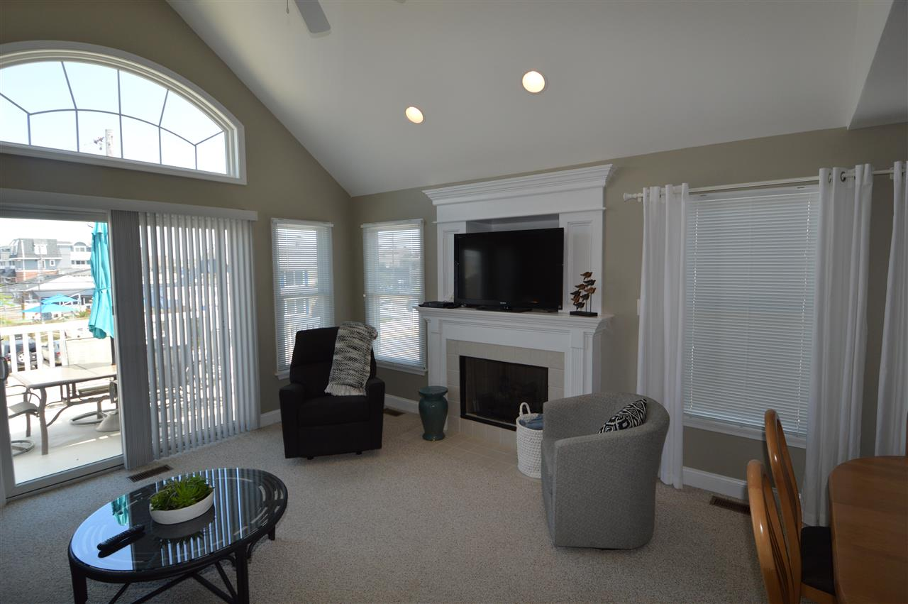 212 E 25th Street, Avalon NJ - Picture 9