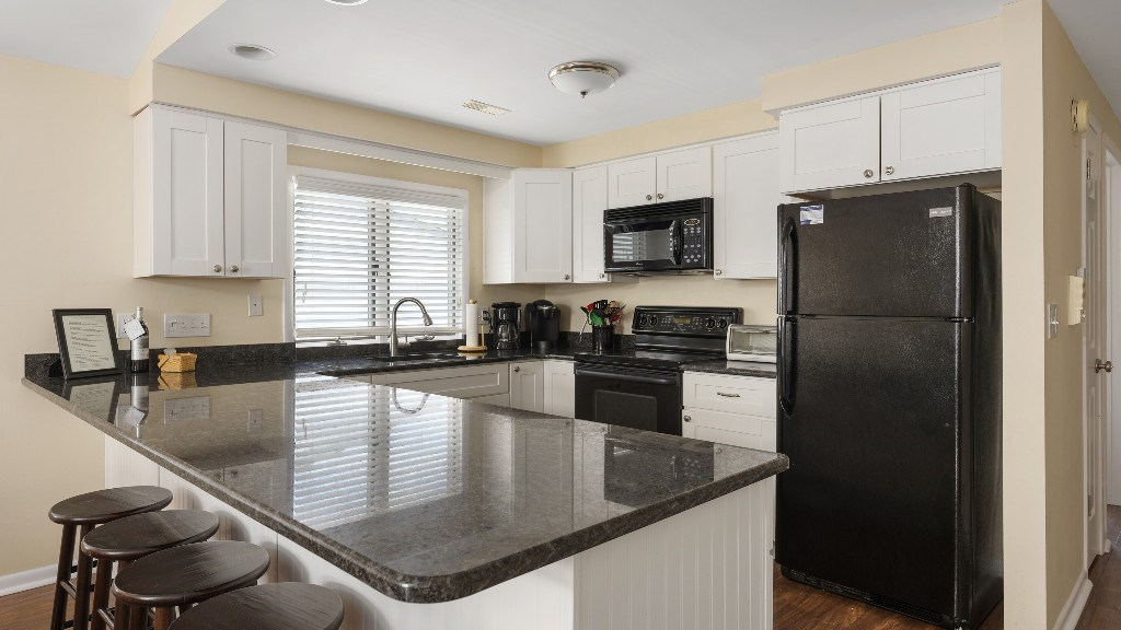11 63rd street - Picture 2