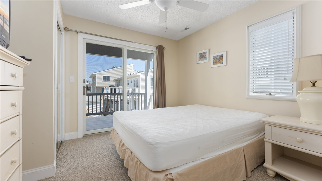 11 63rd Street - Picture 15