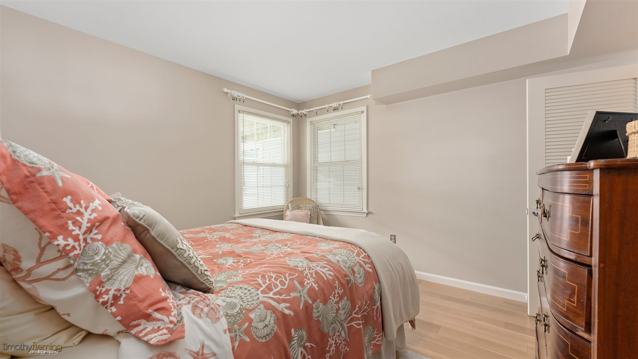 135 65th Street - Picture 16