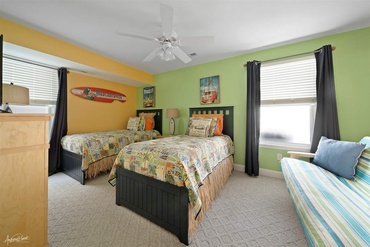 125 58th Street - Picture 16