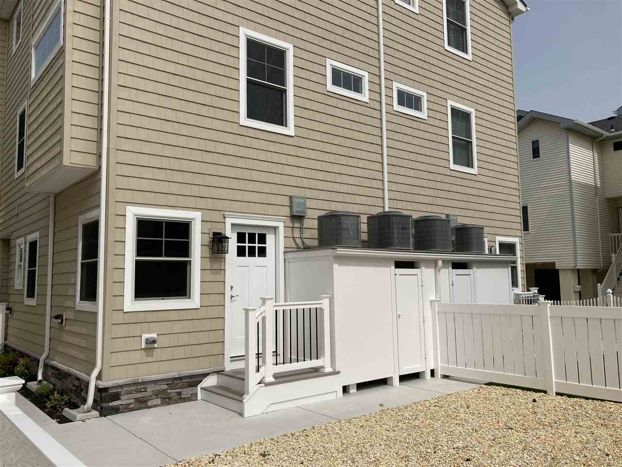 126 43rd Street - Picture 6