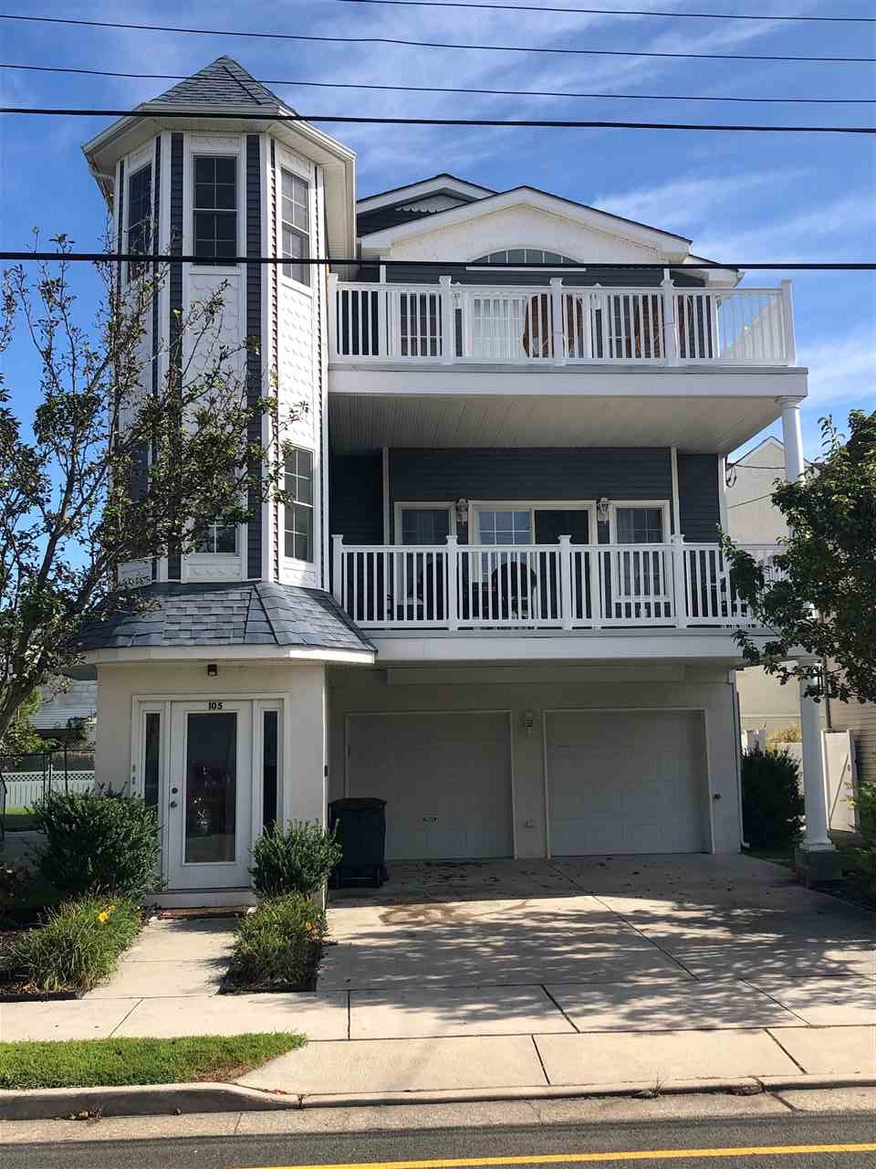 105, Unit 100 Fir Bennett, Wildwood