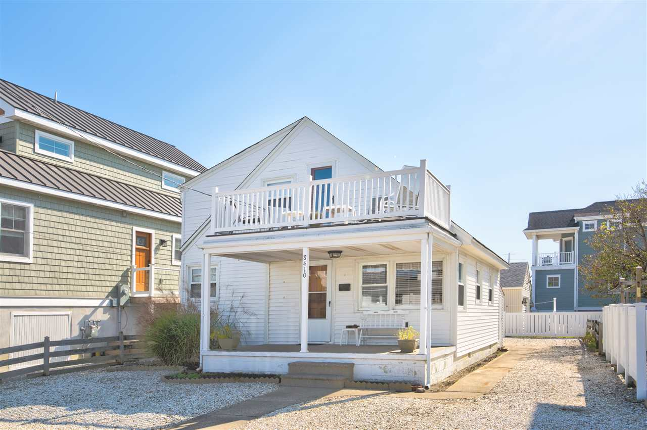 8410 Third Avenue - Stone Harbor