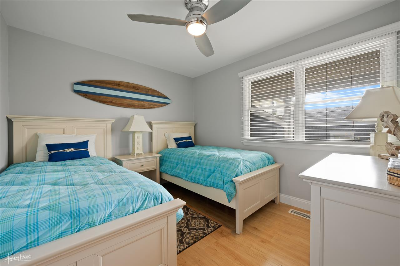 220 85th Street - Picture 16