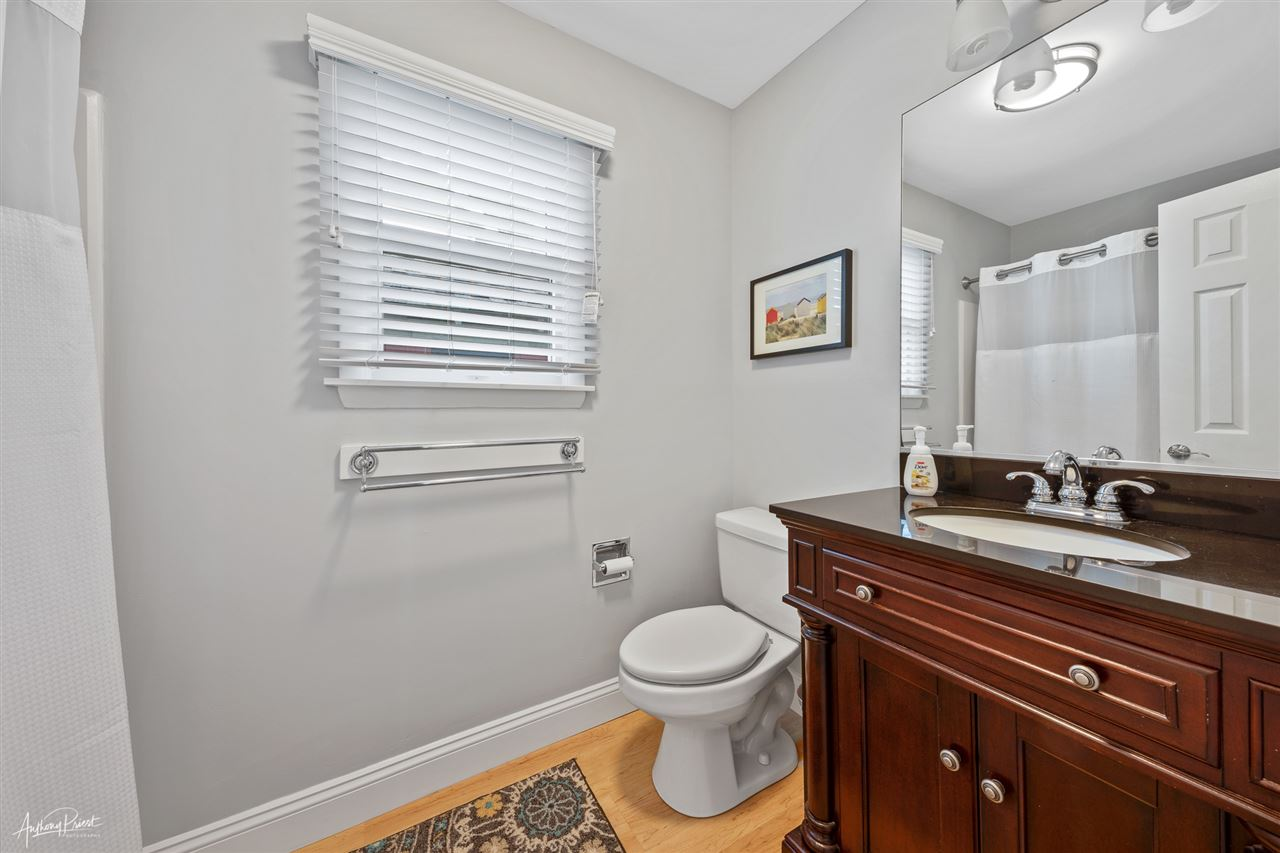 220 85th Street - Picture 18