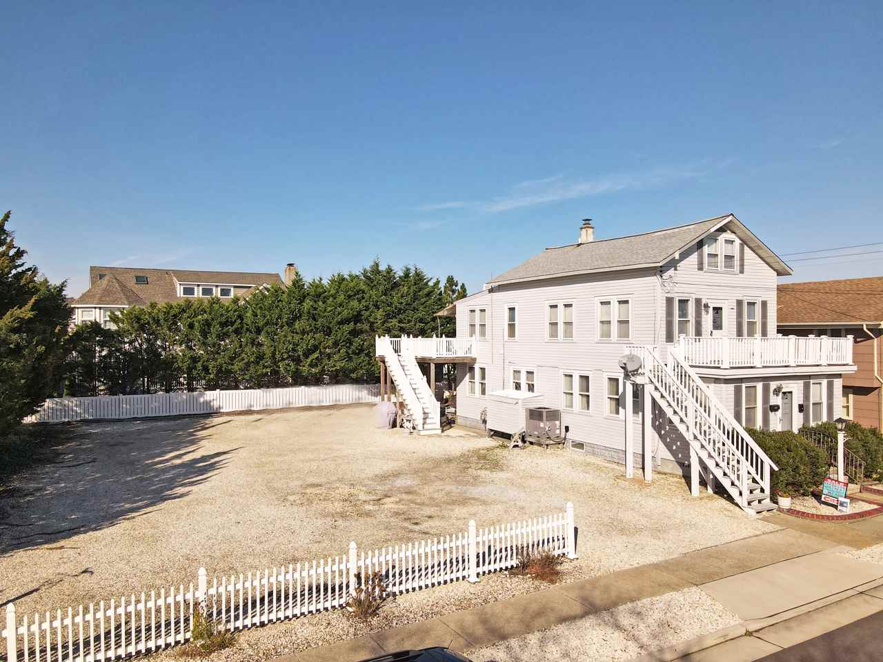 10017 Corinthian Drive - Stone Harbor