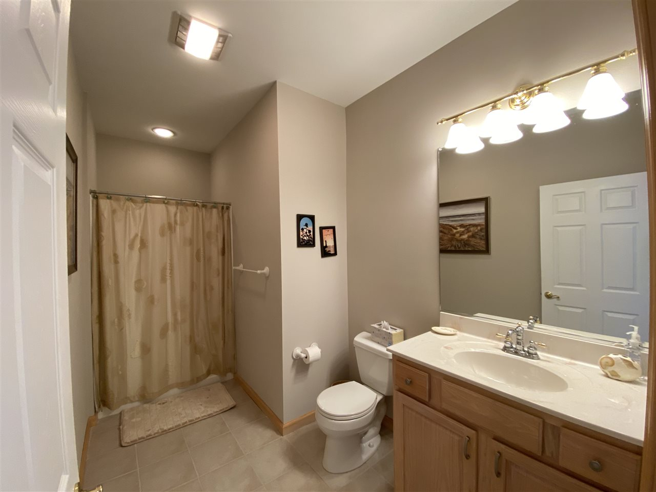 230 W 55th Street - Picture 9