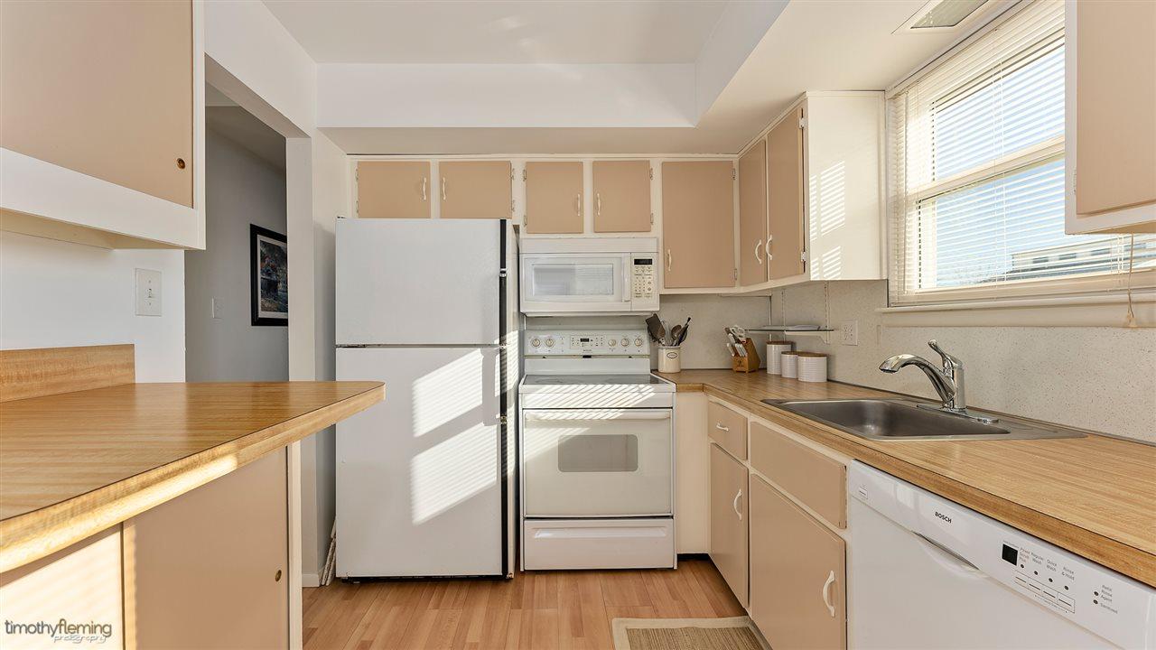 213 39th Street, Unit Numbers 2nd Floor, Sea Isle City,NJ - Picture 9