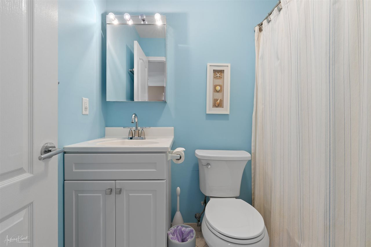 55 W 32nd Street, Unit Numbers 2B, Avalon,NJ - Picture 14
