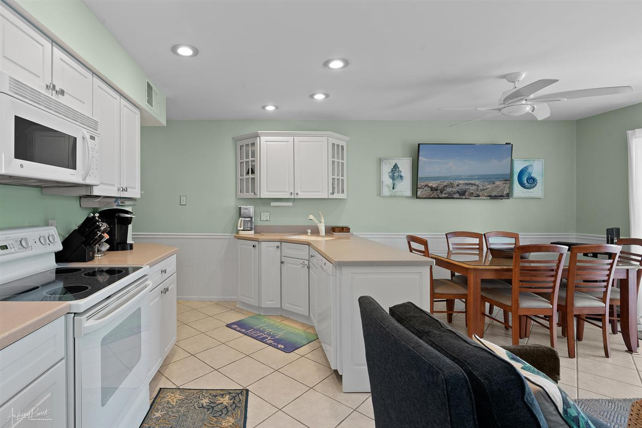 55 W 32nd Street, Unit Numbers 2B, Avalon,NJ - Picture 6