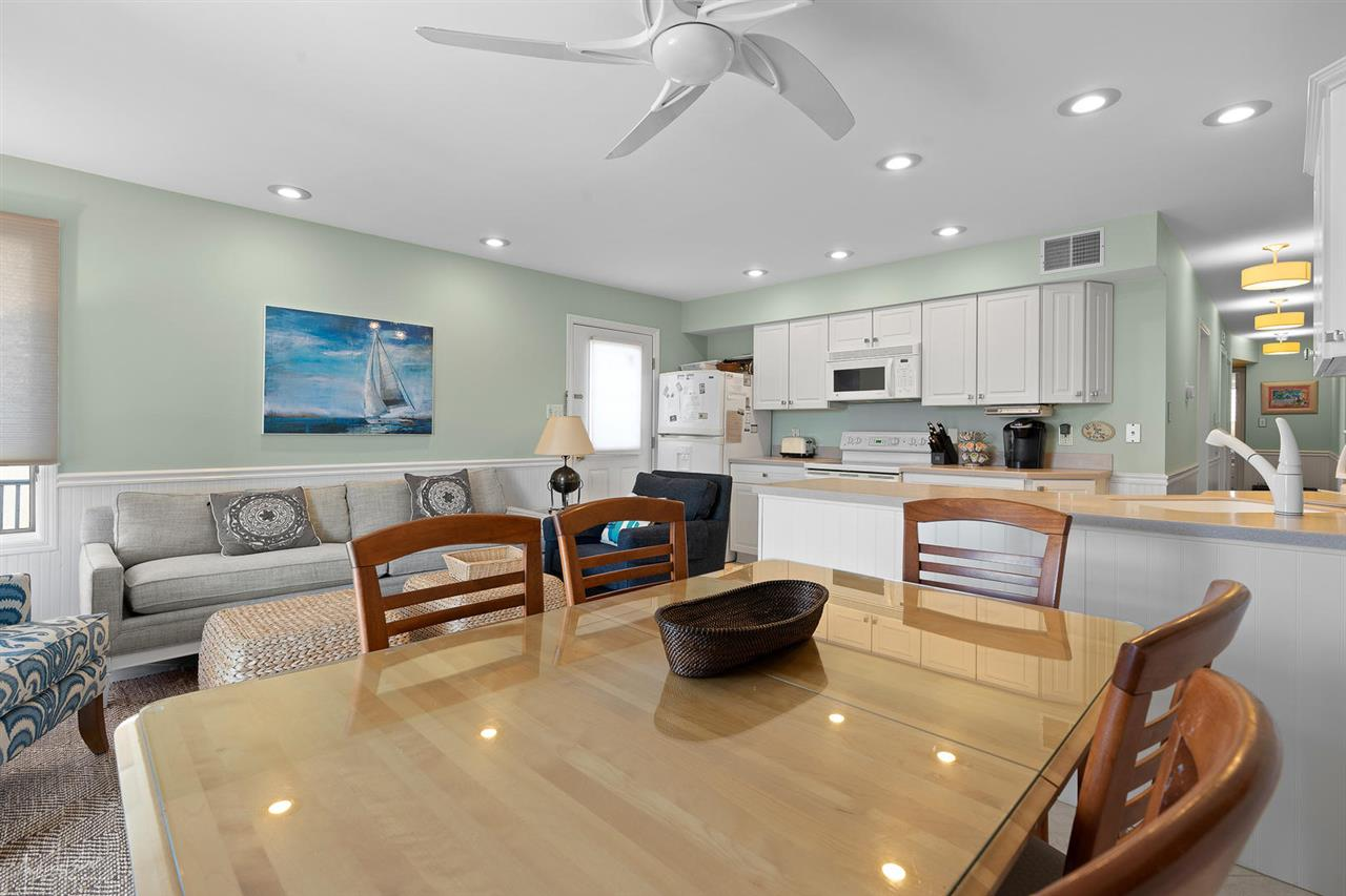 55 W 32nd Street, Unit Numbers 2B, Avalon,NJ - Picture 7