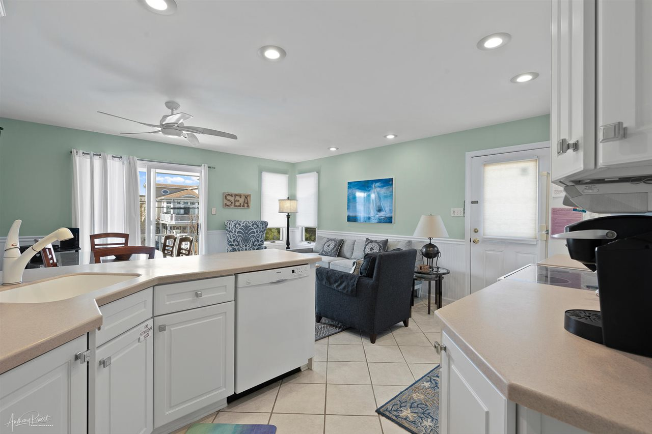 55 W 32nd Street, Unit Numbers 2B, Avalon,NJ - Picture 9