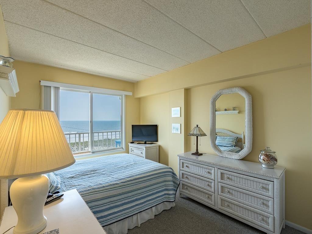 4100 Boardwalk - Picture 12