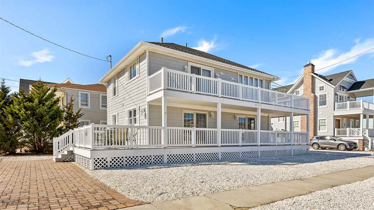 11001 Third Avenue - Stone Harbor
