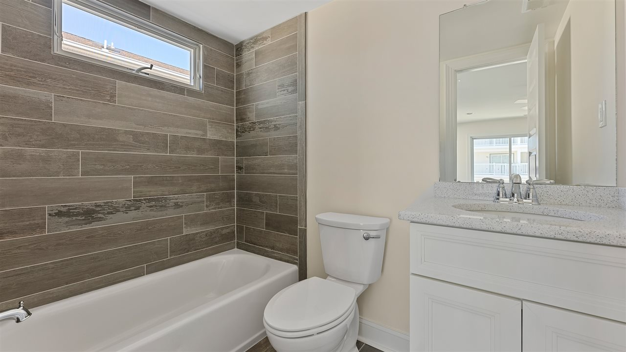 116 34th Street - Picture 13