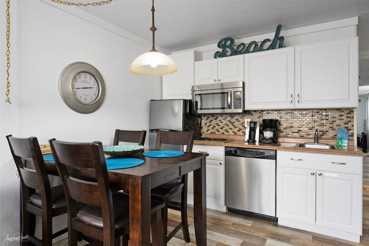 7900 Dune Drive, Unit Numbers 210, Avalon NJ - Picture 8
