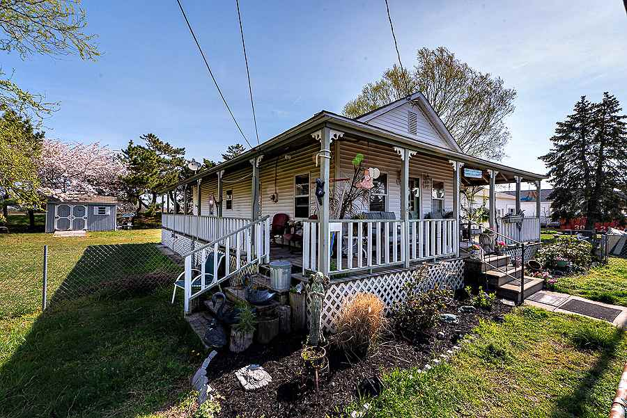 805 W Rio Grande Avenue - Lower Township