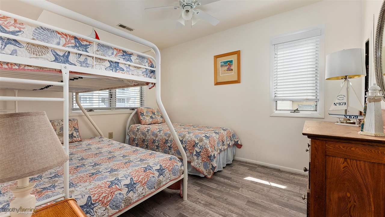 8207 Pleasure Avenue North Unit - Picture 14