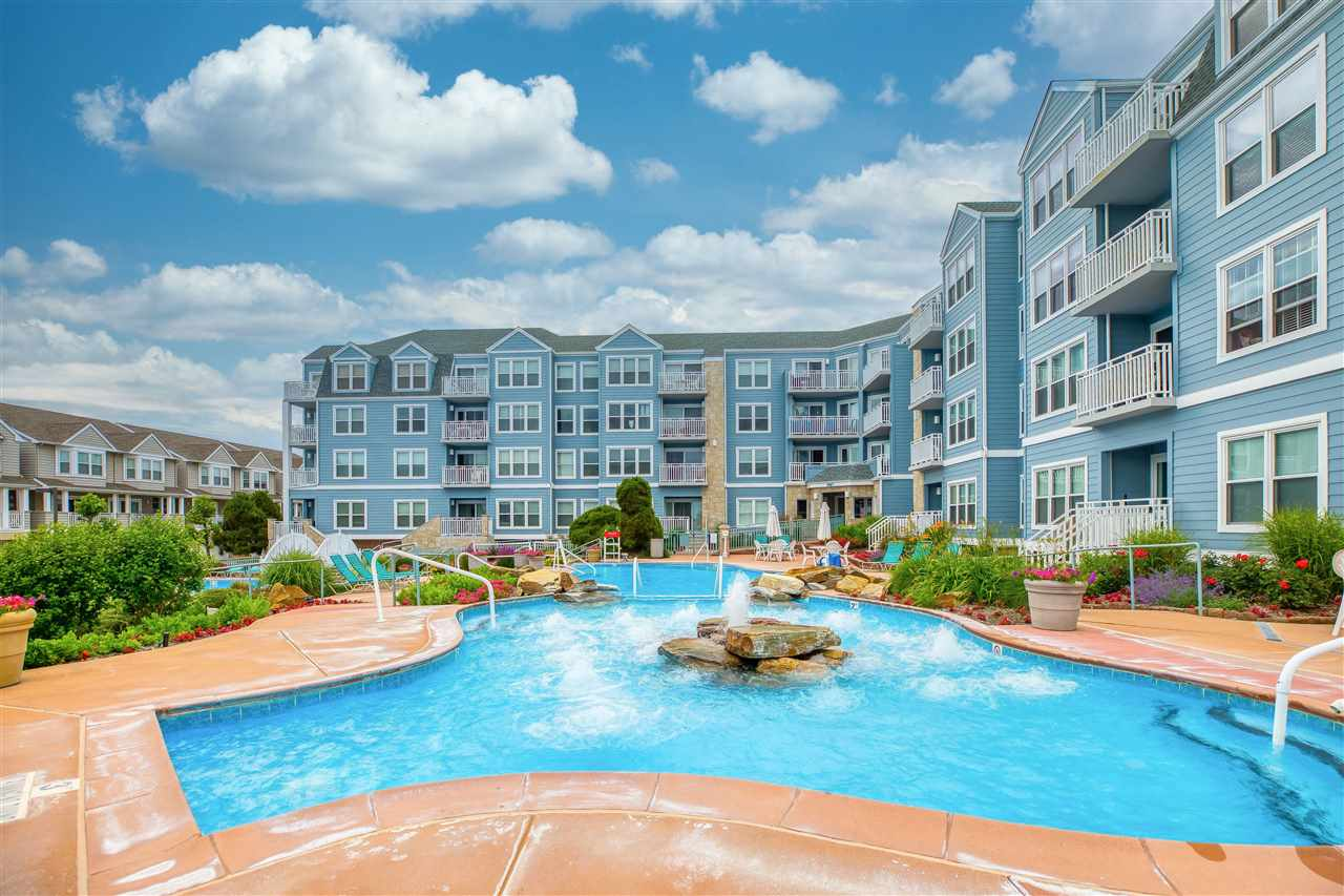 9907 Seapointe Boulevard - Lower Township