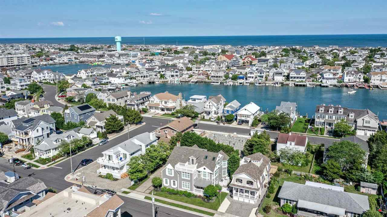 10010 Sunset Drive, Stone Harbor,NJ - Picture 3
