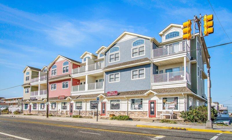 6300 Landis Avenue - Sea Isle City