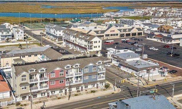 6300 Landis Avenue, Unit Numbers I, Sea Isle City,NJ - Picture 3