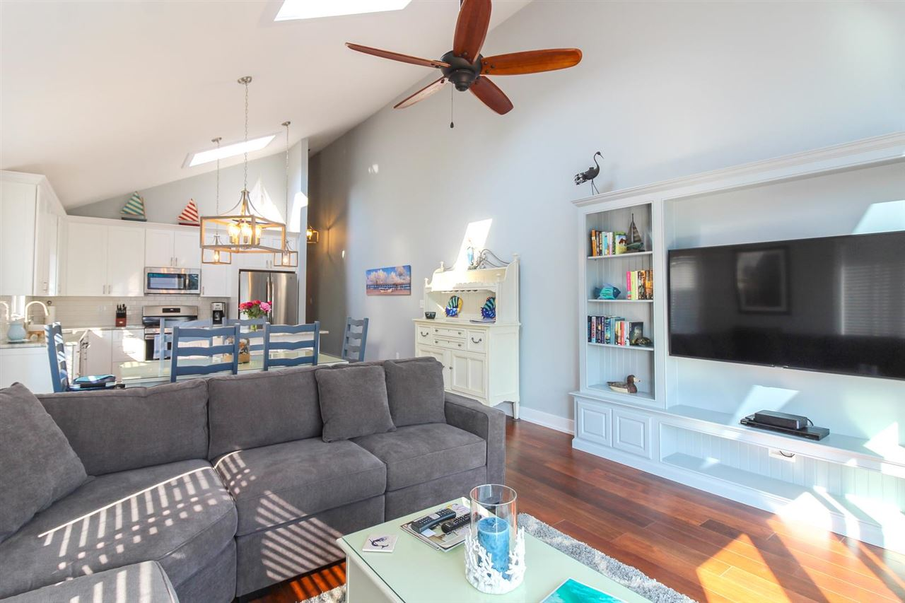 245 34th Street - Picture 4