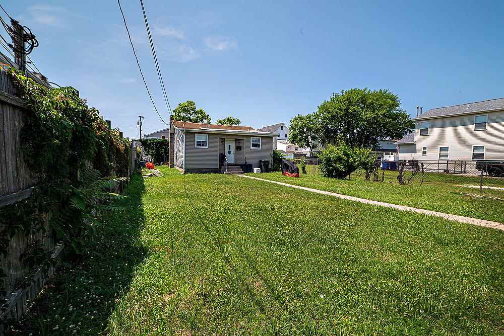 106 W Youngs Avenue, Wildwood,NJ - Picture 3
