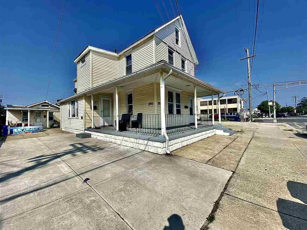 104 E Montgomery Avenue - Wildwood
