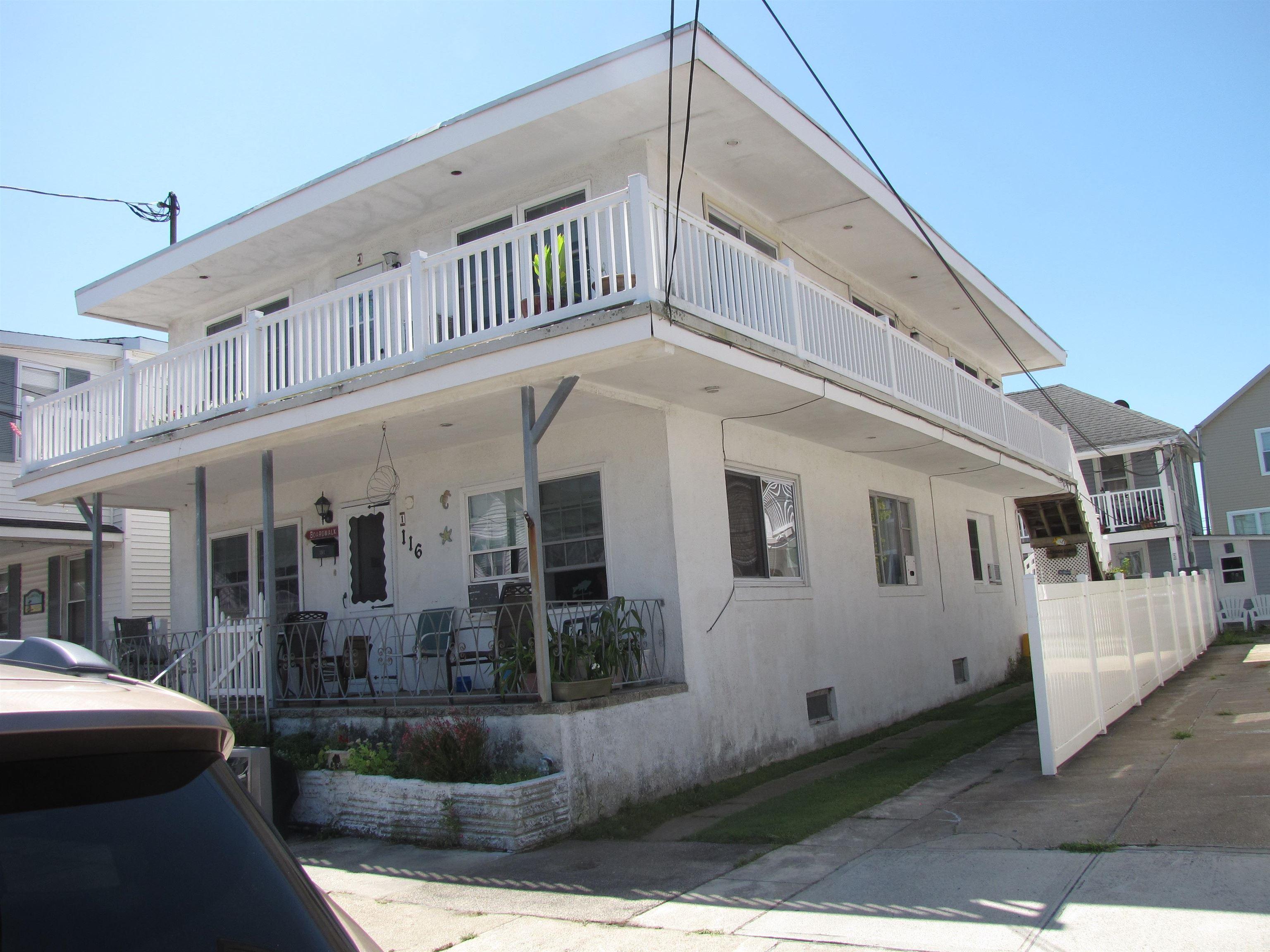 116 E Cresse Avenue
