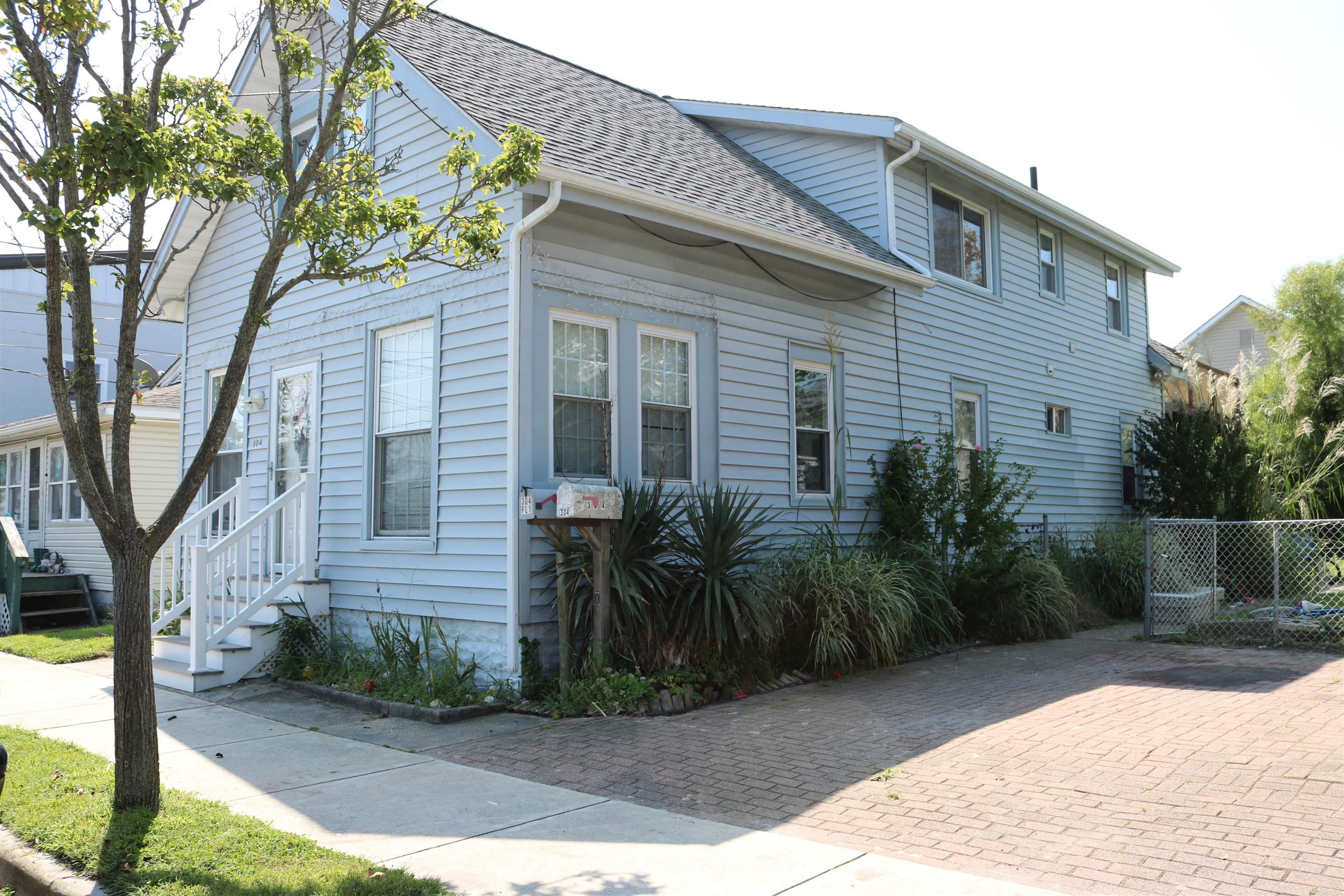 304 W Roberts Avenue - Wildwood