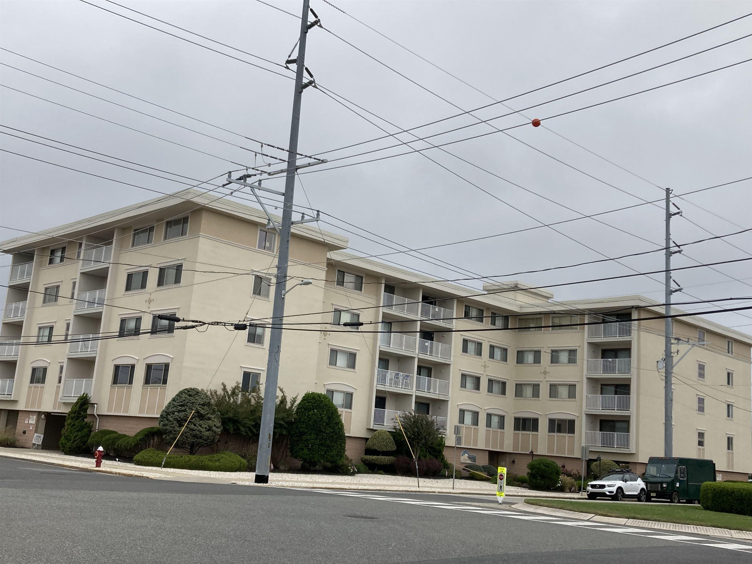 8001 Second Avenue - Stone Harbor