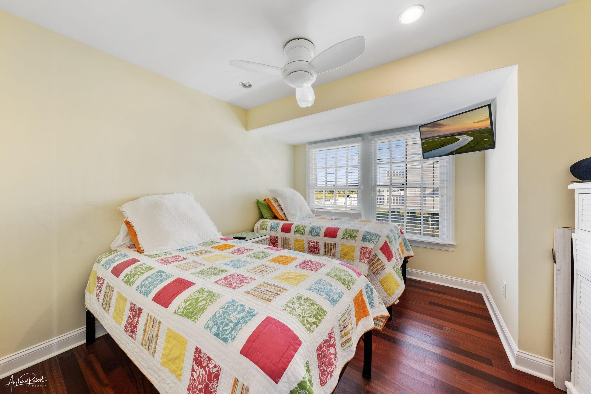 3788 Ocean Drive - Picture 16