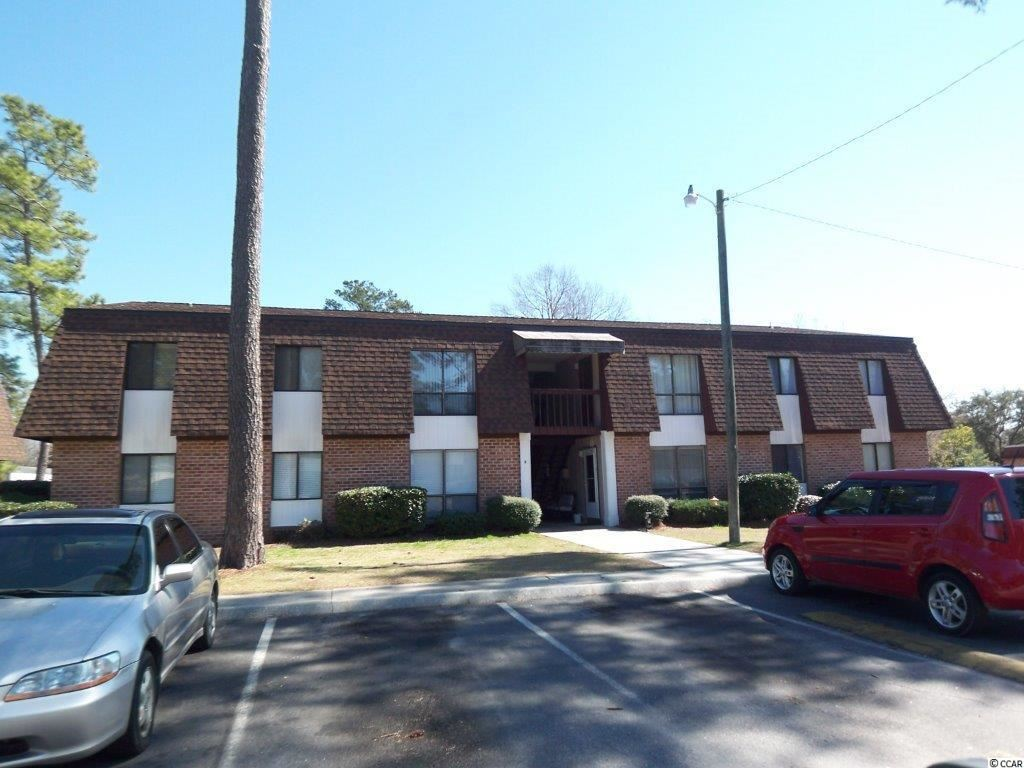 Superb location across from Coastal Carolina University!! New roof on entire unit in 2005. Great 2 Bedroom for a College student and or investment property complex. Has a pool for those warm South Carolina days!! Broker owner.