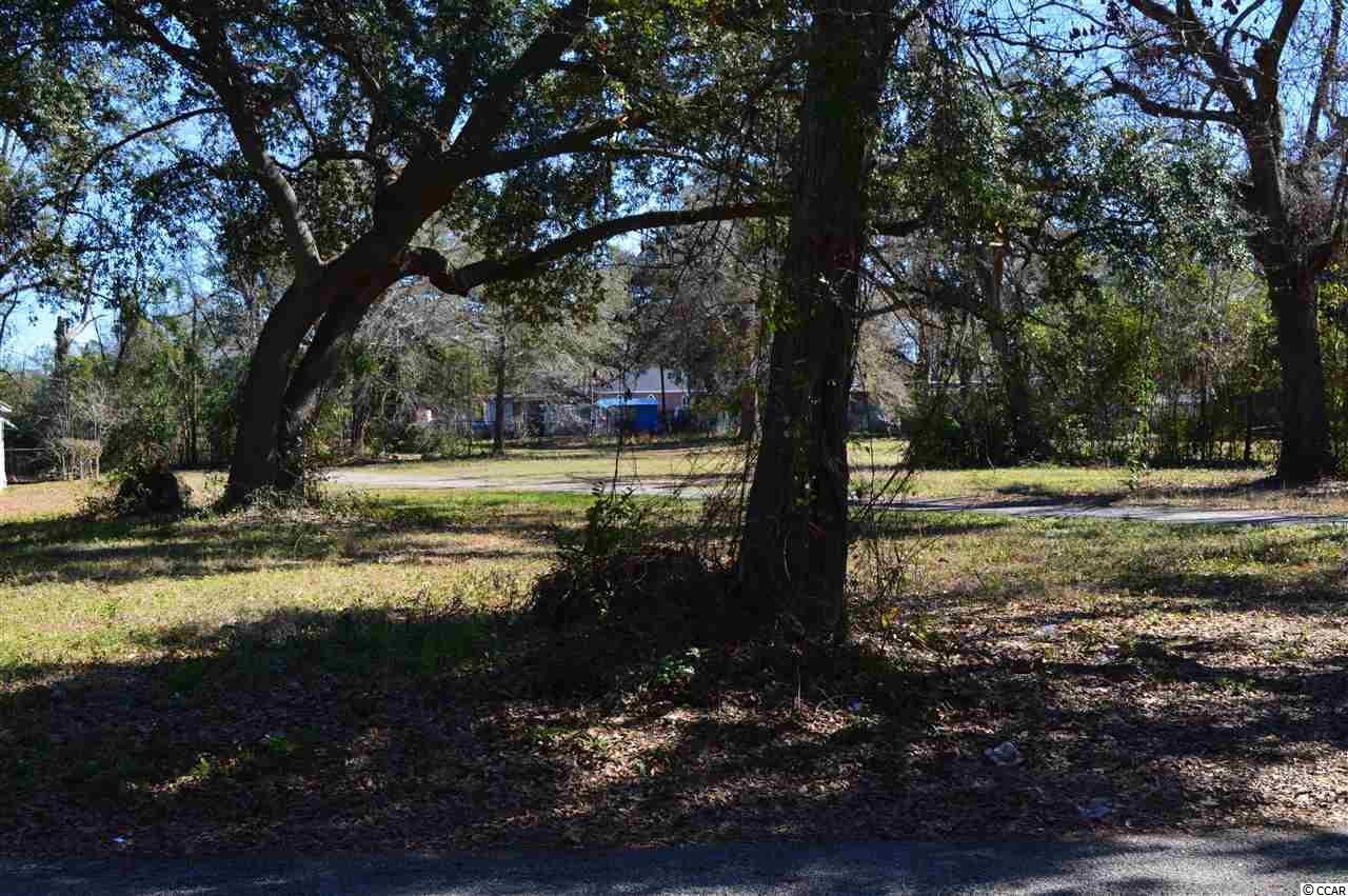 Residential Building Lot along Norton Street in Conway. This lot is over a half acre in size with beautiful Oak trees on the property. In the City Limits and very central located.